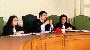 Tribunal pas banal